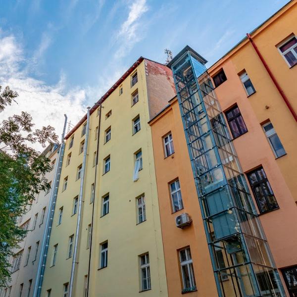 Stavba atypického výtahu na Praze 7 6 vytahy praha 7 kubik atypicky