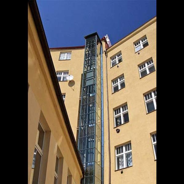 Stavba výtahu a konstrukce - Praha 8 3 vytahy praha 8 holeho kubik
