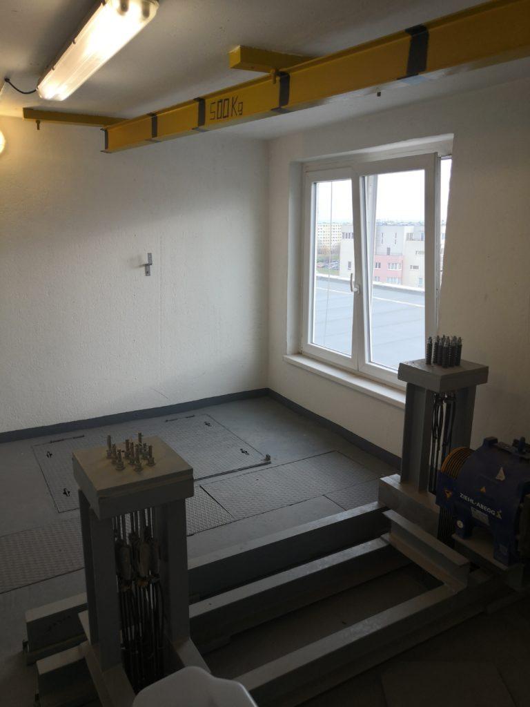 Přestavba výtahu na sídlišti - Praha 13, Volutová ulice 2 Volutová Praha 5