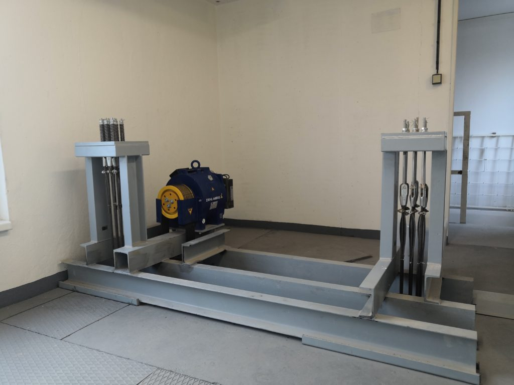 Přestavba výtahu na sídlišti - Praha 13, Volutová ulice 3 Volutová b