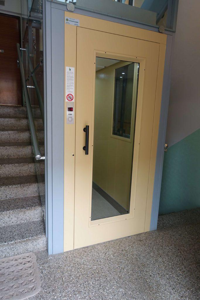 Přestavba výtahu v Cihlářově ulici na Praze 4 5 Cihlářova 4
