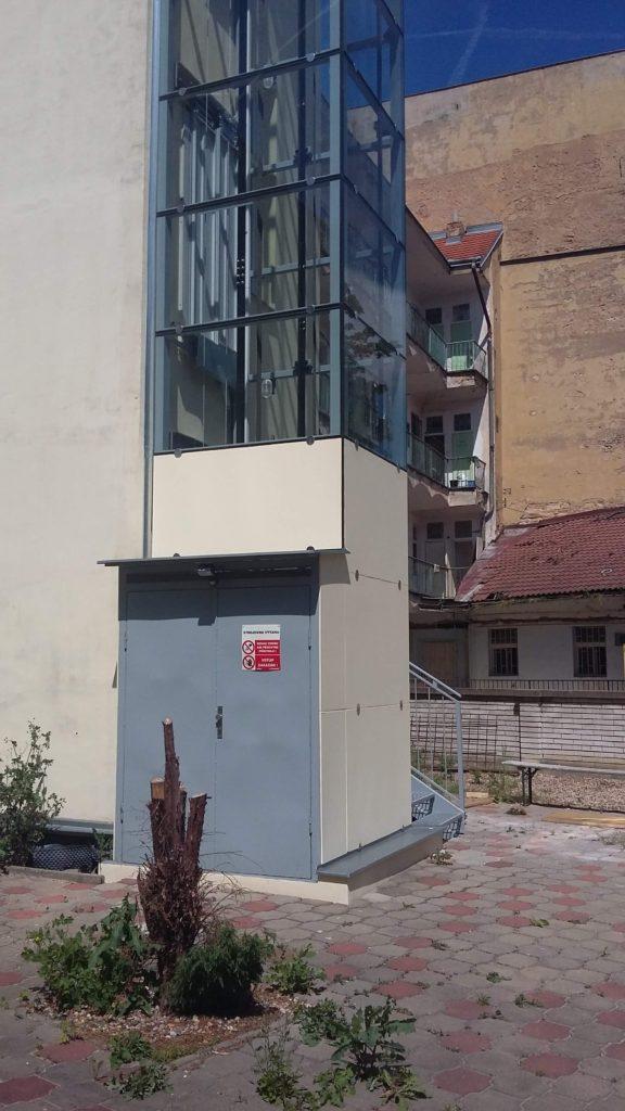 Stavba výtahu v Holečkově ulici na Praze 5 9 Holečkova 23