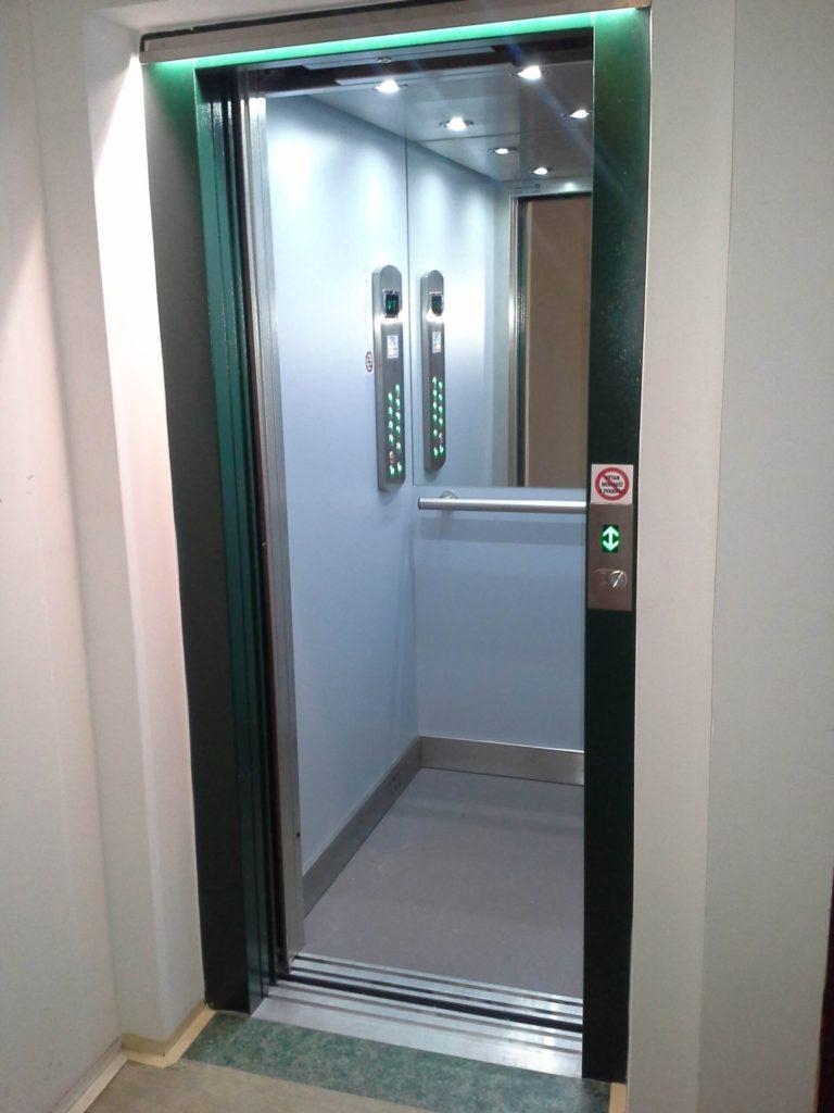 Rekonstrukce výtahu na Chodově 1 Klírová 10