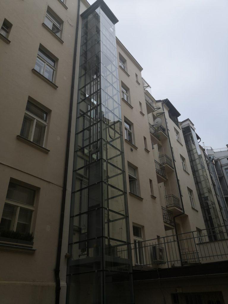 Stavba výtahu v ulici Dušní na Praze 1 2 Dušní 13 Praha 1
