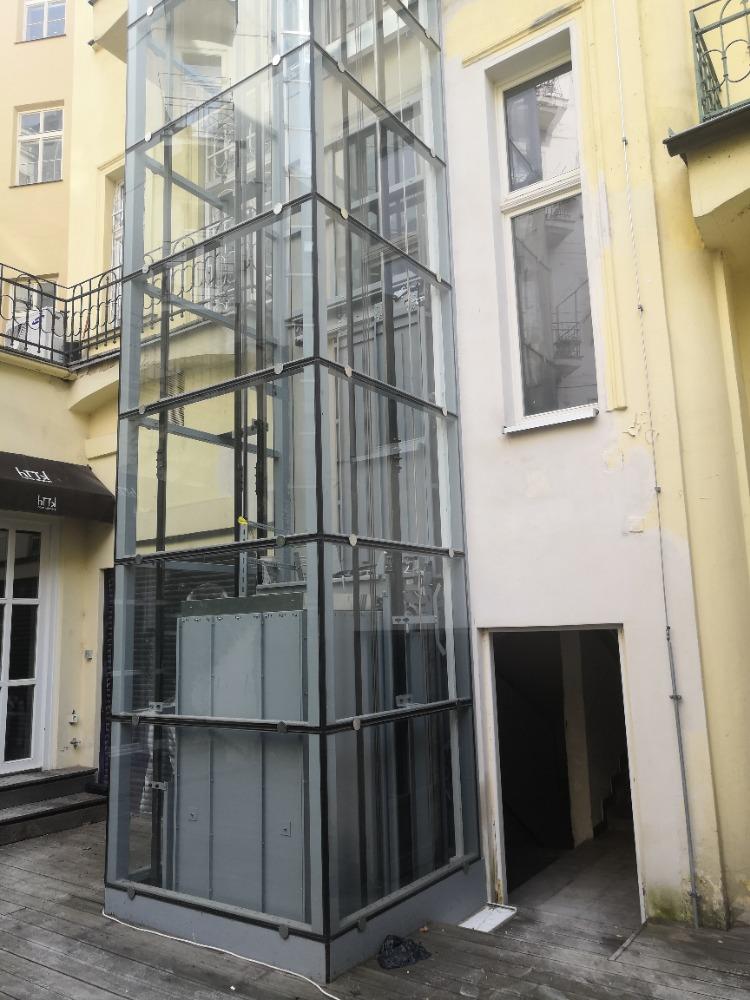 Stavba výtahu v ulici Kozí na Starém městě 3 Kozí 5 3