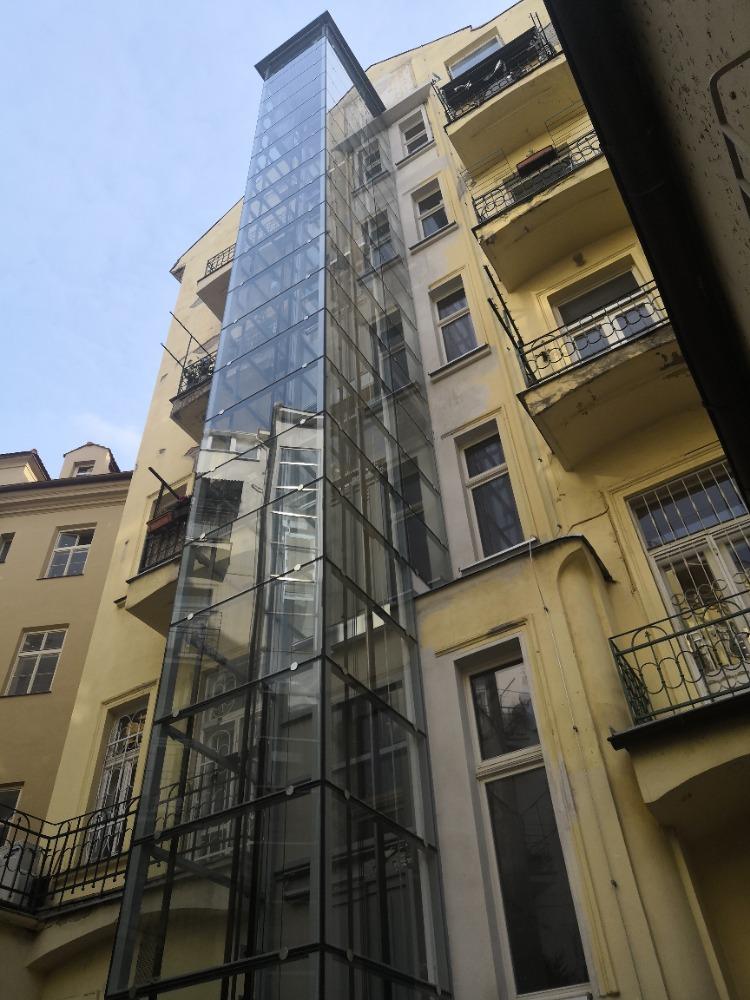 Stavba výtahu v ulici Kozí na Starém městě 36 Kozí 5 Praha 1