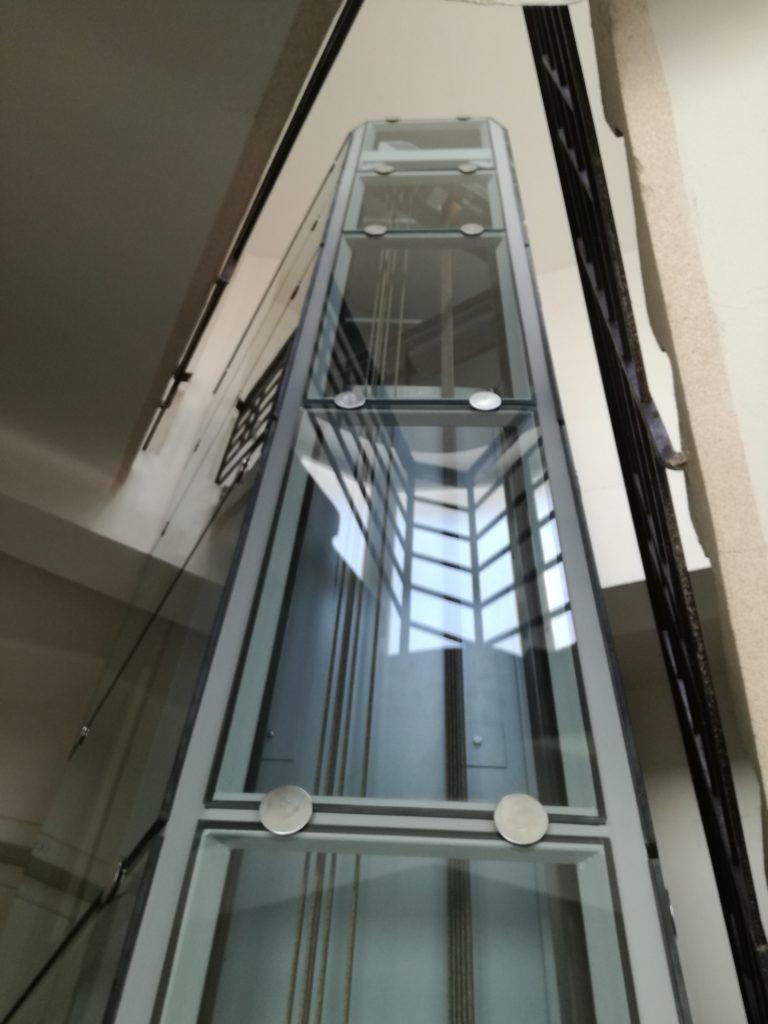 Stavba výtahu v Pravé ulici v Podolí 2 Pravá 19 Praha 4